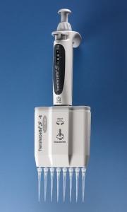Brand - Micropipette Transferpette S multicanale con 8 puntali