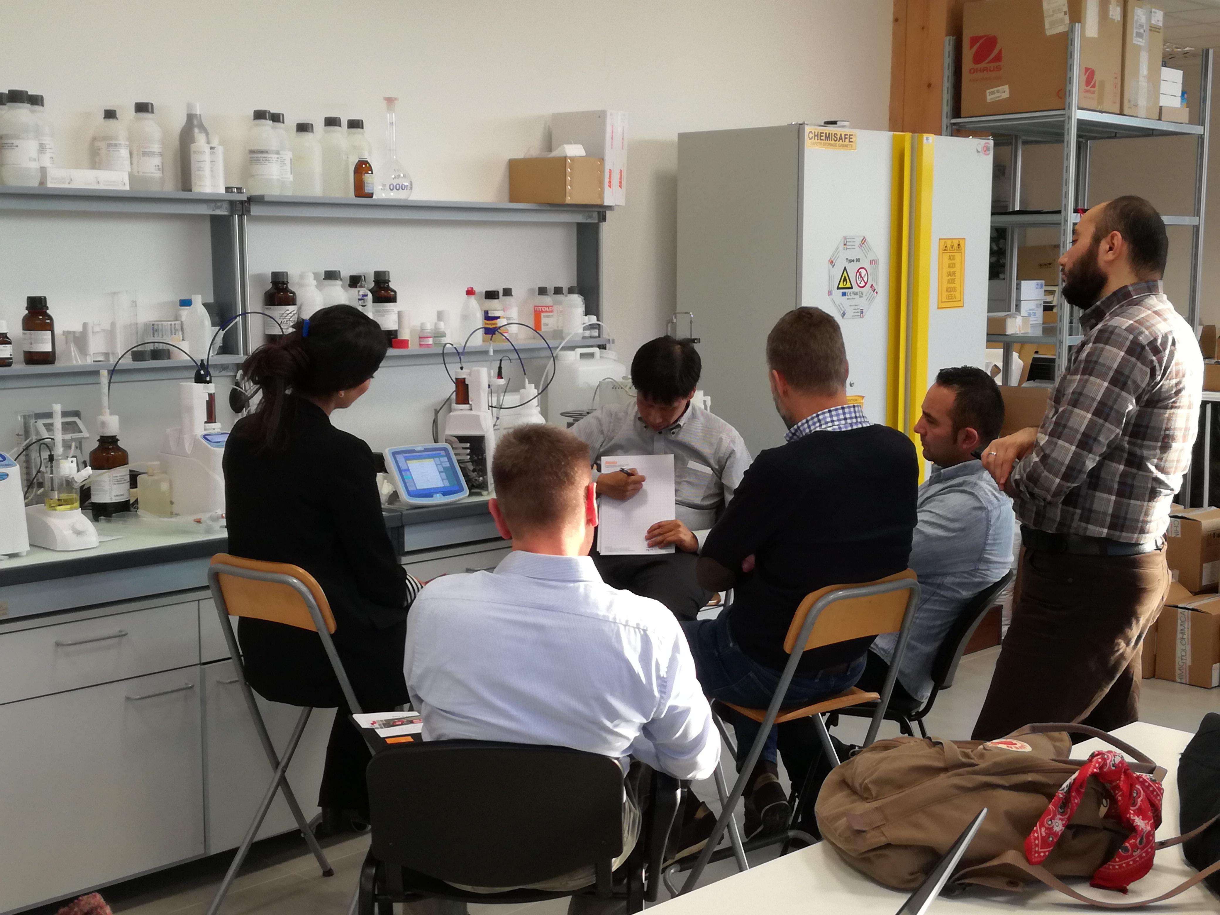 Corso di formazione per distributori KEM in Europa - training